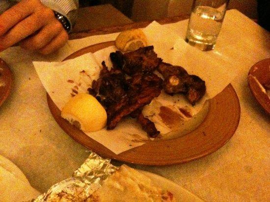 Gyro Gyro Oloi: Arrosto lamb cutlet