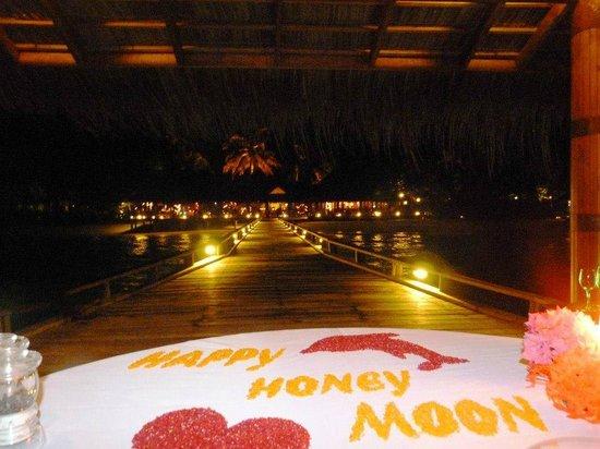 "Kuramathi Island Resort: Repas romantique ""seuls au monde"""