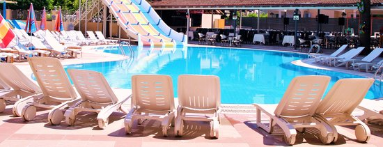 Alenz Suite Hotel: swimming pool