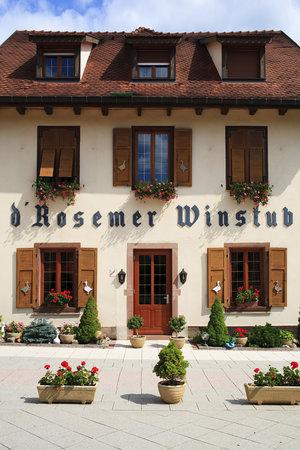 Hostellerie du Rosenmeer : La Winstub, vue de l'extérieur