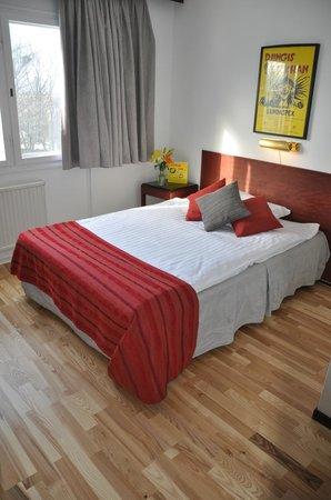 Hotel Djingis Khan: Enkelrum