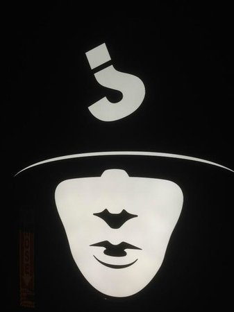 Jabbawockeez : before the show, ended up a good picture