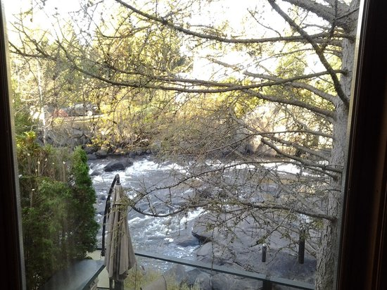 La Maison de Baviere : la rivière
