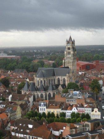 Holy Savior Cathedral (Sint-Salvatorskathedraal): Uitzicht vanaf het Belfort