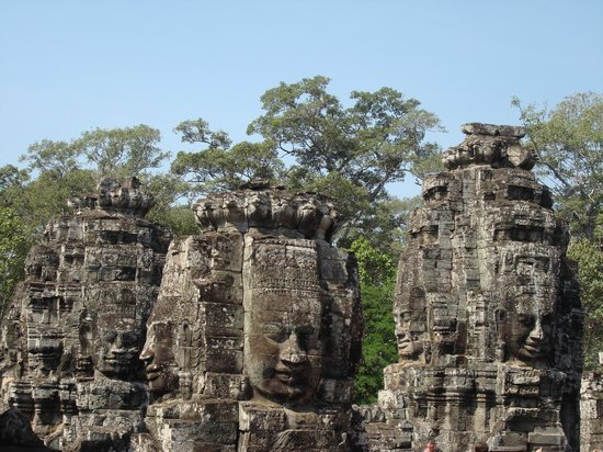 Cambodia Tourist Guide Association - Private Day Tours : Bayon Temple