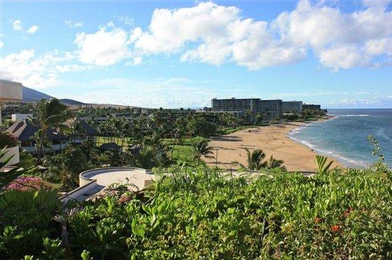 Sheraton Maui Resort & Spa: View from Black Rock
