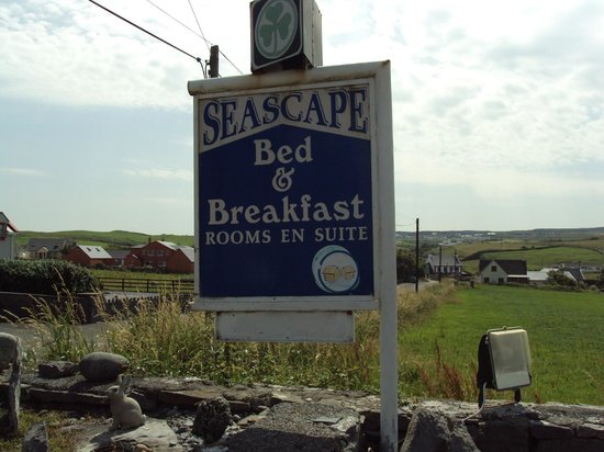 Seascape Bed & Breakfast: Seascape Sign & Nice View Beyond