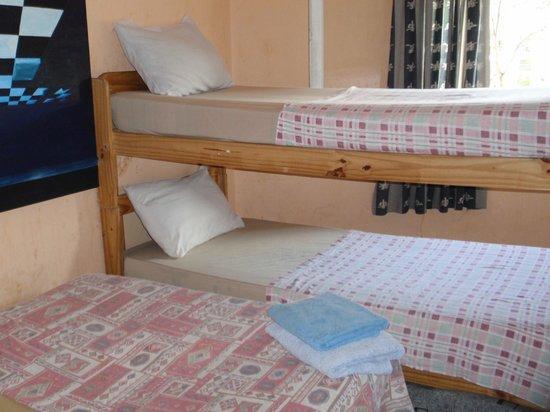 Hostel Joven Casa Reggae : Dormis x 4
