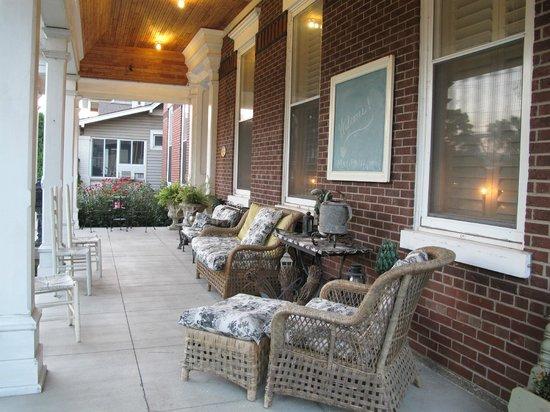Market Street Inn: Nice porch