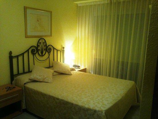 Hotel Felipe II: La habitación