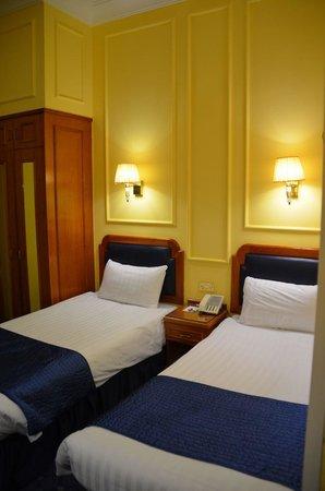 Lancaster Gate Hotel : Room