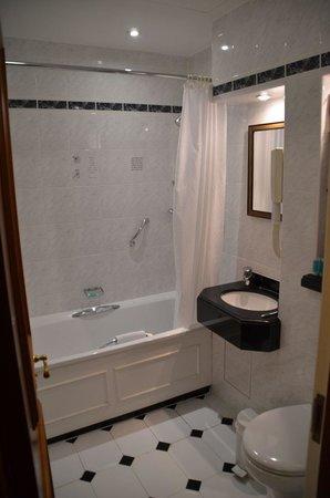 Lancaster Gate Hotel : Bathroom