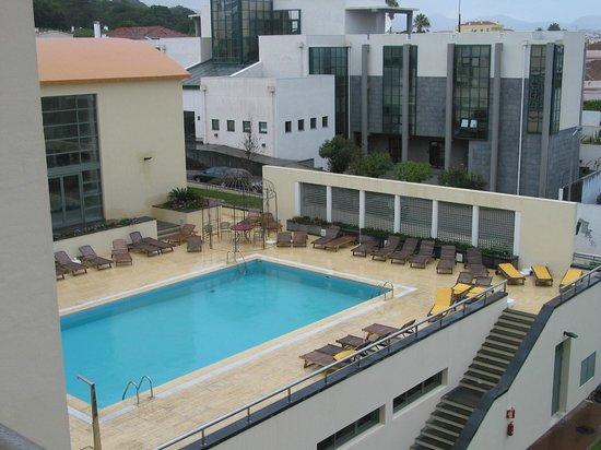 Sao Miguel Park Hotel: Piscina exterior do hotel