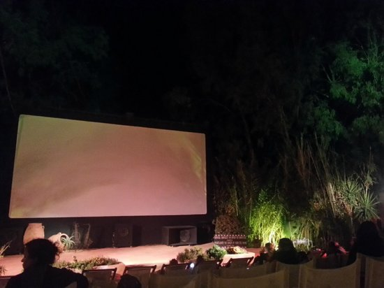 Ira Hotel & Spa : Kamari open air cinema