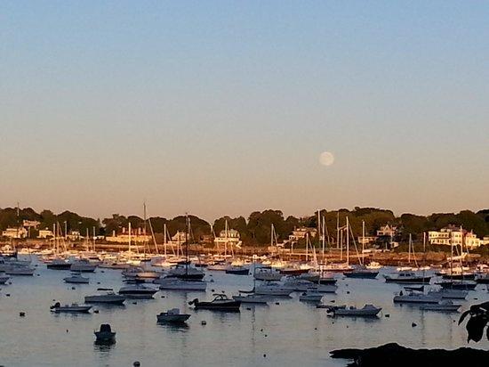 Harborside House: Full moon rising over Marblehead at sunset