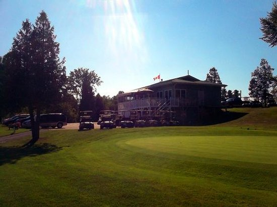 Blue Heron Golf Club : The Club House