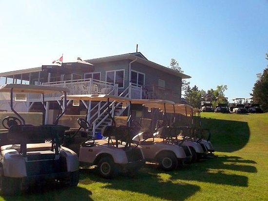 Blue Heron Golf Club: Golf Carts and Club House