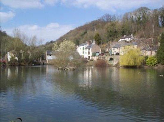 Derbyshire Heritage Walks: Greyhound Pond and Scarthin, Cromford