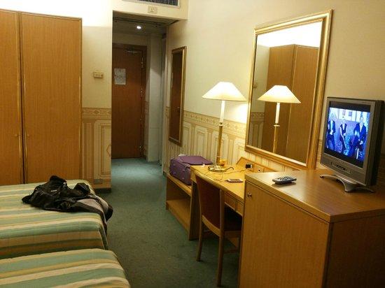 Qualys Hotel Nasco: Doppia all'ottavo piano