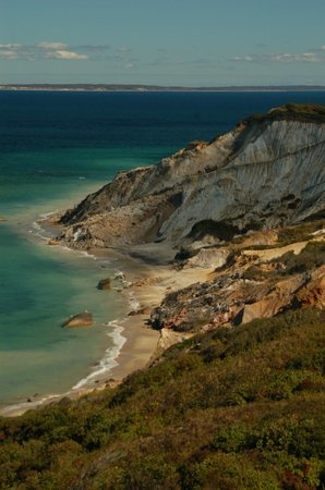 Martha's Vineyard Tours and Transportation: Aquinnah Cliffs at Gay Head