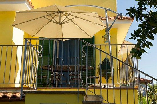 Bed and Breakfast Massico: esterno camere