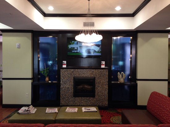 Holiday Inn Express Hotel & Suites Alva: Lounge