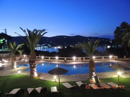 Hotel Punta : piscina