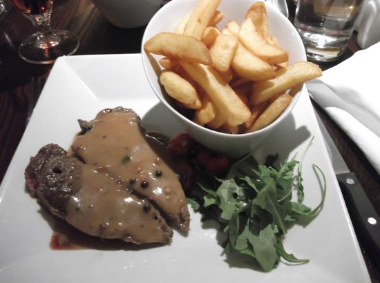 Quayside Hotel: Sirlion with pepper sauce