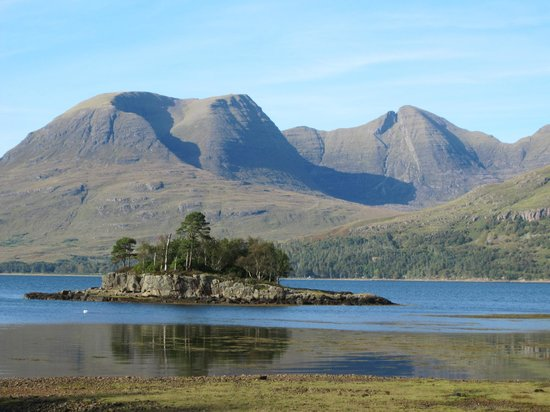 The Torridon Inn : beautiful area around the inn