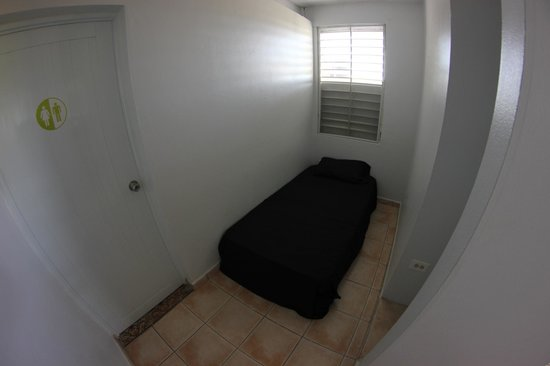 Hostal Tropical: Bed in 5 person Mixed Dorm @ $20pn/pp