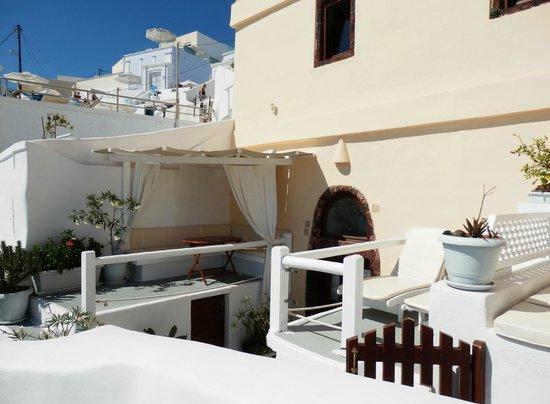 Santorini Mansion at Imerovigli: The terrace