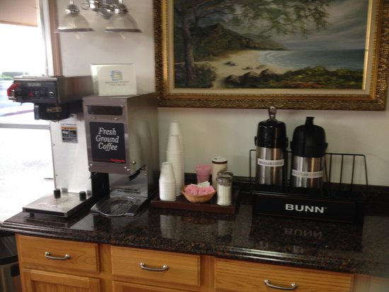 Americas Best Value Inn: ABVI Crescent City - continental (sugar) bfast