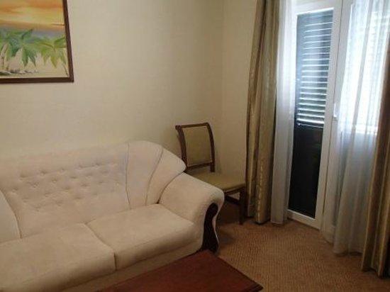 Hotel Aquarius Dubrovnik: Hotel Aquarius - living room