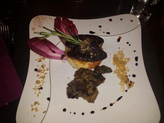 Le Canard Royal : Terroir : foie gras poêlé avec des cèpes et des girolles accompagnés d'une gelée de jurançon