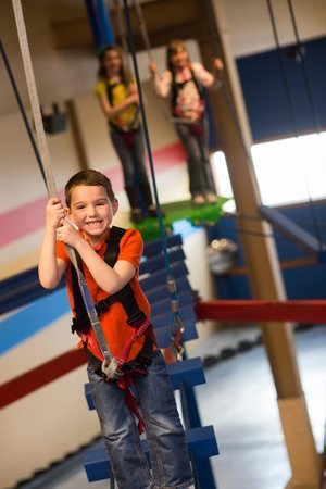 Knuckleheads: Ropes Course - Conquer Your Fears!