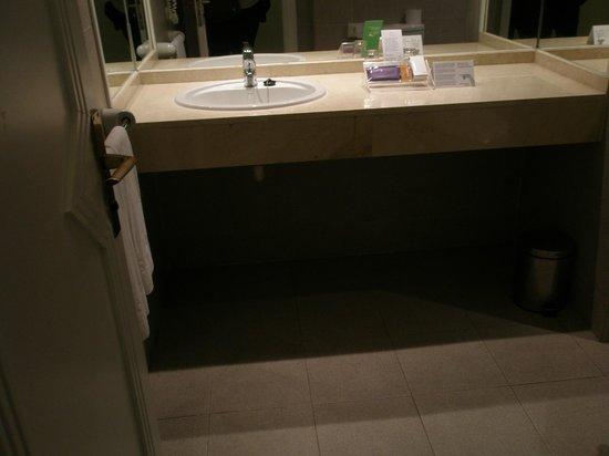Sol La Palma Hotel: baño muy grande