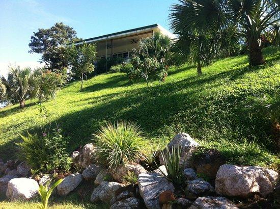 Jardin picture of rancho capulin bed breakfast tarcoles for Brunch jardin