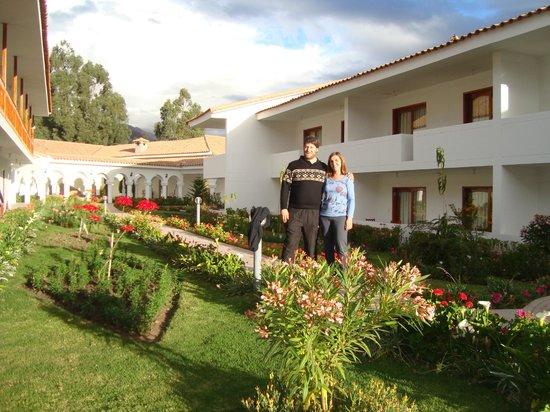 Hotel Agustos Urubamba: Paseando por el jardín del Hotel