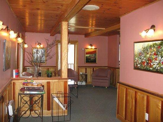 Auberge Le Madrigal: Hall d'entrée