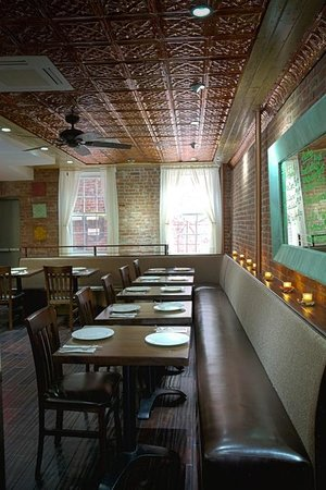 Table 87 Coal Oven Pizza: Boutique Dining