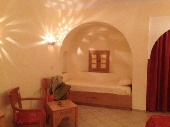 Zita Beach Resort: Petite alcove avec un lit une personne dans la chambre