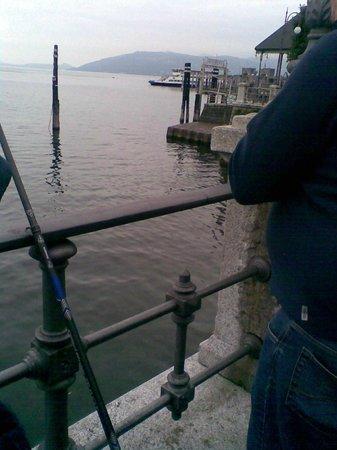 Al Centro: tout à côté de l'hôtel,le lago Maggiore