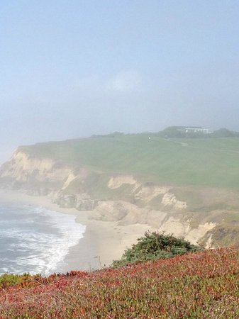 The Ritz-Carlton, Half Moon Bay: Coast Line