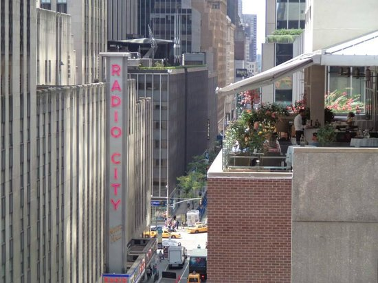 The Jewel facing Rockefeller Center: View