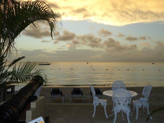 Azul Beach Resort Sensatori Jamaica by Karisma: Amazing Negril sunsets