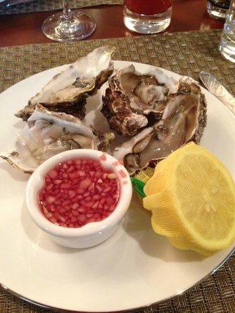 Hotel Baltschug Kempinski Moscow : Sunday Brunch @ Baltschug Grill - Oysters