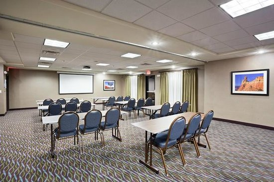 Holiday Inn Express Hotel & Suites Deming Mimbres Valley: Rio Mimbres and Gila Conference Rooms