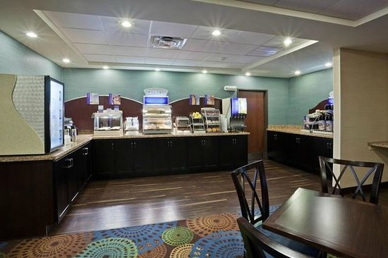 Holiday Inn Express Hotel & Suites Deming Mimbres Valley: Express Start Breakfast