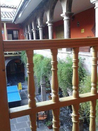 Ecopackers: courtyard