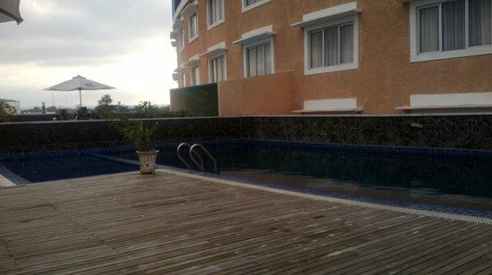 kolam renang anak dan dewasa picture of sapadia hotel siantar rh tripadvisor com